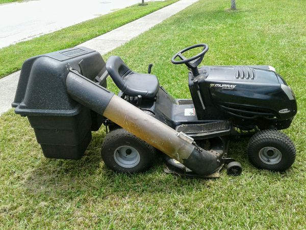Murray select riding lawn mower with bagger system