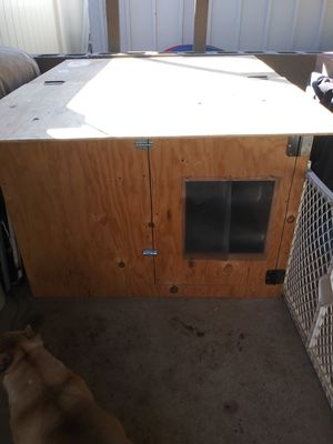 Dog house/whelping box for Sale in San Diego, CA