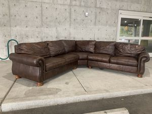 Thomasville Leather Sectional Couch for Sale in Issaquah, WA