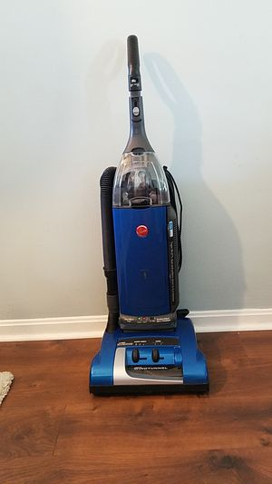 Hoover Anniversary Self-propelled Windtunnel Bagged Upright Vacuum for Sale in Cleveland, OH
