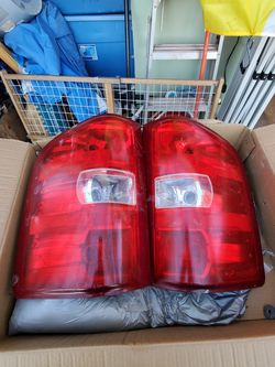 07 -13 Chevy Silverado OEM factory Tail Lights, CULEBRA AND HWY1604 AREA. for Sale in San Antonio,  TX
