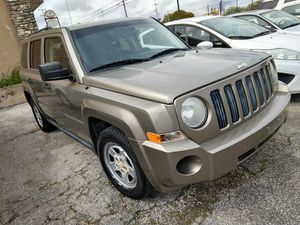 2008 Jeep Patriot 4 cyl automatic for Sale in Schertz, TX