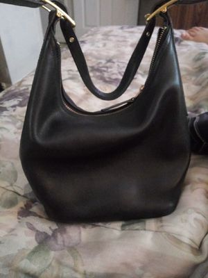 Coach hobo bag for Sale in Cleveland, OH