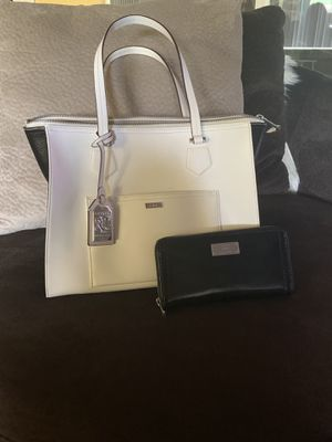 Ralph Lauren shoulder bag and wallet for Sale in Fort Walton Beach, FL