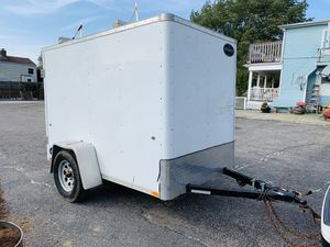 Encloused trailer 5x8 for Sale in Fall River, MA