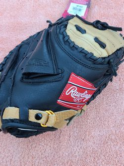 New Rawlings Baseball Catchers Mit Glove for Sale in Orange,  CA