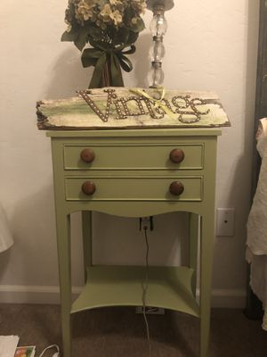 Solid wood night stand for Sale in Tulare, CA