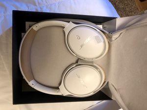 Bose wireless headphones for Sale in Kent, WA