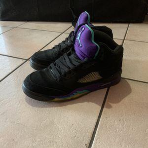 Air Jordan Retro 5 Grapes Size 7 for Sale in Miami, FL