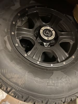 Granite Alloy Off-Road Wheels and Tires Off a Hummer 265/75/16 for Sale in Addison, IL