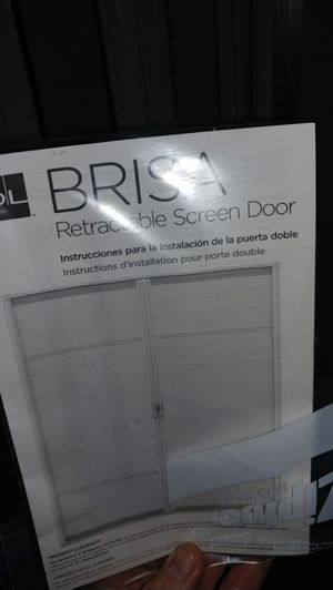Brisa ODL double retractable sliding screen door for Sale in Port Orchard, WA