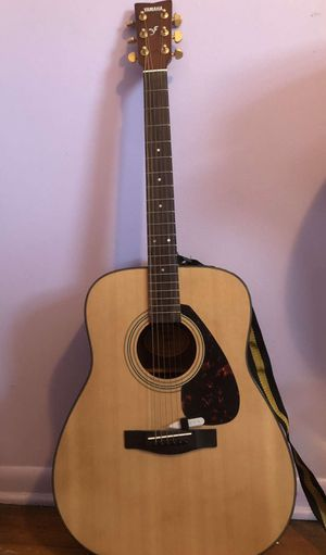 YAMAHA Guitar for Sale in Franklin Park, IL