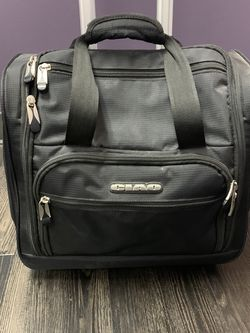 Small Rolling Carry On for Sale in Portland,  OR