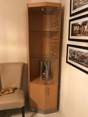 Glass display case for Sale in Miami, FL
