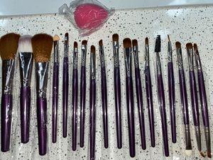 Brush set for Sale in Phoenix, AZ