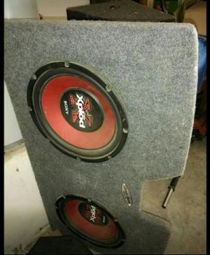 Speakers and custom box for Sale in Sanger, CA