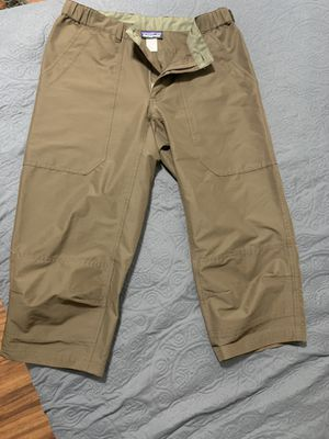 Patagonia Cropped Pants Medium for Sale in Las Vegas, NV