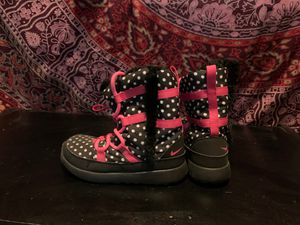 Nike girls snow boots for Sale in Whittier, CA