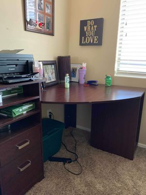 Harvest Cherry Wood Corner Desk for Sale in Surprise, AZ