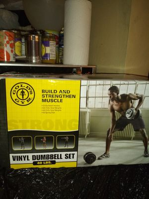 Golds Gym Vinyl Dumbbell Set 40 lbs for Sale in Cleveland, OH