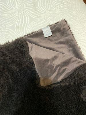 Jennifer Lopez brown fur throw blanket for Sale in Houston, TX