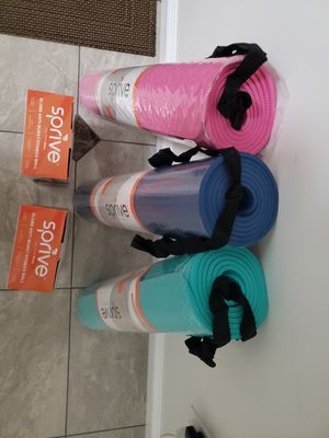 "Large Size Bundle Sprive 2 Excerise Ball 75cm gray & orange & 3 Yoga Mat 27""x72"" for Sale in Rosemead, CA"