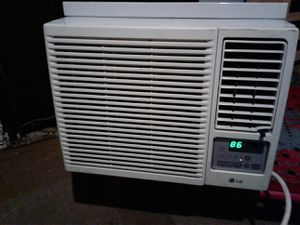 Lg ac/heater window unit for Sale in Oklahoma City, OK