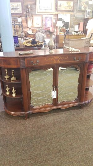 Antique 1930s Curio buffet Mirror Antique Furnitire for Sale in Denver, CO