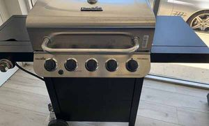 Brand New Char-Broil 5 Burner BBQ Grill! TD3 for Sale in Maxwell, TX