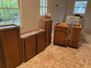 Free Kitchen cabinets Free for Sale in Raleigh, NC