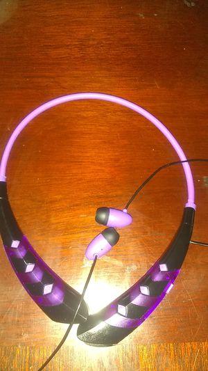 Polaroid Bluetooth headphones for Sale in Fresno, CA