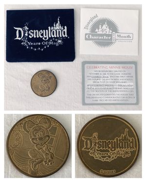 disney disneyland 45th anniversary MINNIE MOUSE coin for Sale in Irvine, CA