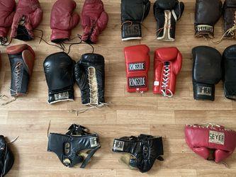 Vintage Boxing gloves equipment Lot Headgear Speed Bag Seyer Everlast Tuf Wear Ringside Zepol for Sale in Los Angeles,  CA