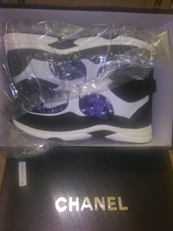 2019 CHANEL SUEDE TRAINERS (SALE)