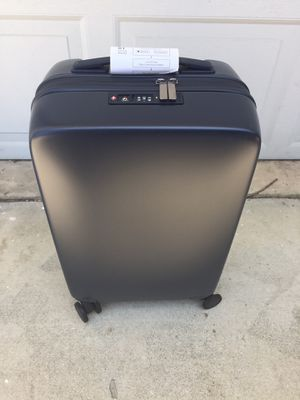 Carry on luggage Raden A22 smart luggage. for Sale in Rancho Cucamonga, CA
