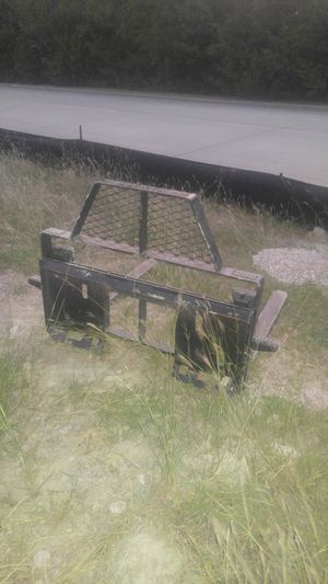 Skid steer pallet forks have bucket aswell for Sale in Rockwall, TX