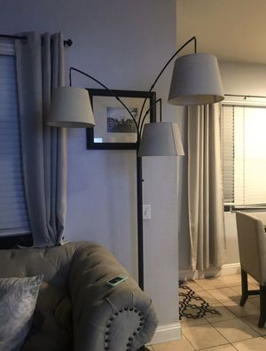 Threshold 3 Shade Arc Floor Lamp for Sale in Tustin, CA