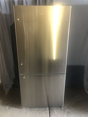 """Whirlpool new 31"""" wide stainless steel refrigerator,free delivery for Sale in Sandy, UT"""