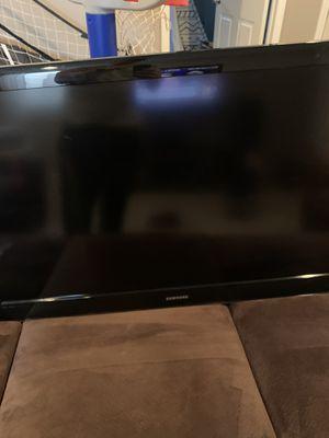 """48"""" LCD Samsung TV for Sale in Mattawan, MI"""