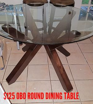 Dining table for Sale in Bartow, FL