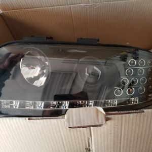 Left Front Headlight Assembly With LED Bulb for Sale in Romeoville, IL