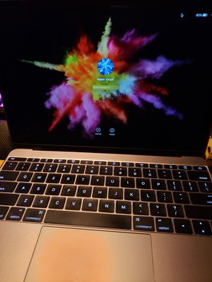 512gb macbook NO ISSUES with no icloud lock like New for Sale in New York, NY