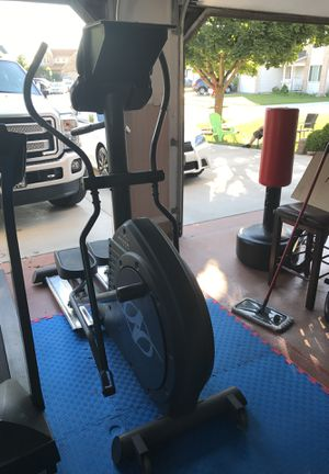 NordicTrack elliptical for Sale in Carol Stream, IL