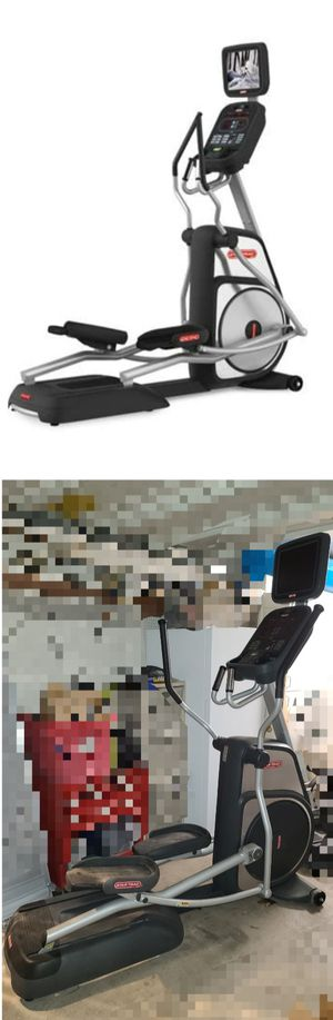 Commercial Star Trac Elliptical Cardio machine exercise fitness equipment for Sale in Gilbert, AZ