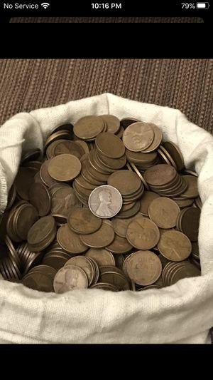 Unsearched Wheat Cents..too busy and too many coins. 300 wheat cents for Sale in Houma, LA