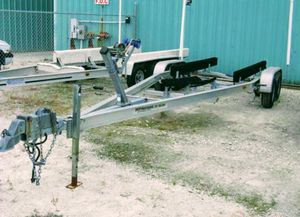 Dual Axle Aluminum boat trailer. Has brakes, Torsion axles for Sale in St. Petersburg, FL