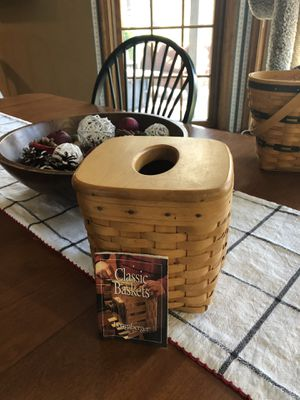Longaberger Tissue Basket for Sale in East Berlin, PA