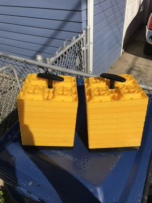 Camco RV leveling blocks for Sale in Evanston, IL
