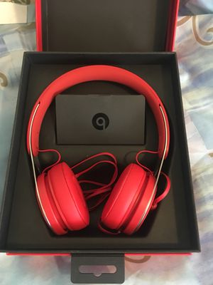 Beats headphones with mic. New .never used.i have just opened the box to check if the sound good. And they're great! Make me an offer and you will lo for Sale in New York, NY
