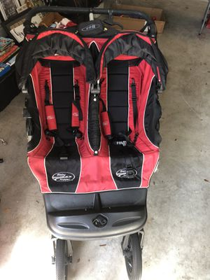 Double jogging stroller for Sale in Tampa, FL